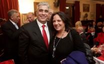 O Πρόεδρος του Συλλόγου των Αθηναίων κ. Ελευθέριος Σκιαδάς με την Αντιδήμαρχο Αθηναίων κ. Νέλλη Παπαχελά