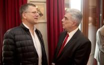 Ο Πρόεδρος του Συλλόγου με τον δημοσιογράφο Αλέκο Λιδωρίκη.
