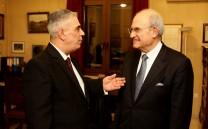 Ο Πρόεδρος του Συλλόγου των Αθηναίων κ. Ελευθέριος Σκιαδάς και ο Πρόεδρος του Μουσείου της Πόλεως των Αθηνών - Ιδρύματος Βούρου-Ευταξία κ. Αντώνιος Βογιατζής.