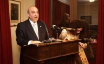 Ο Γενικός Γραμματέας του Συλλόγου κ. Εμμανουήλ Καρανίκας ανακοινώνει τα αριστεία