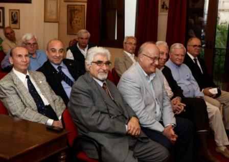 Άποψη της αίθουσας διακρίνονται οι κ.κ. Στυλιανός Μουζάκης, Ιάκωβος Ναυπλιώτης, Εμμανουήλ Καρανίκας, Δημήτριος Τούκας, Θεοφάνης Θεοφανόπουλος, Λεονάρδος Χατζηανδρέου κ.ά.