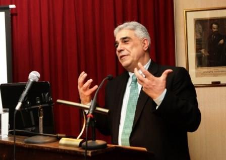 Ο Πρόεδρος του Συλλόγου των Αθηναίων κ. Ελευθέριος Σκιαδάς.