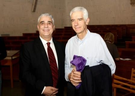 Ο Πρόεδρος του Συλλόγου Αθηναίων κ. Ελ. Σκιαδάς με τον κ. Αλέξανδρο Γέροντα.
