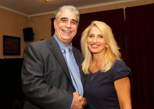 Ο Πρόεδρος του Συλλόγου των Αθηναίων κ. Ελευθέριος Σκιαδάς με τη δημοσιογράφο κ. Ελένη Κάραμποτ.