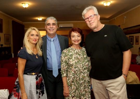Από αριστερά προς τα δεξιά: κ. Ελένη Κάραμποτ, κ. Ελ. Σκιαδάς, κ. Ζέττη Σκάρπα και κ. Άγγελος Γέροντας.