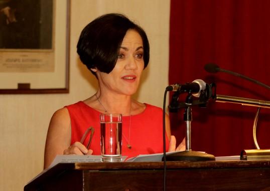 Στο βήμα η συγγραφέας κ. Ανάϊα Τριανταφυλλίδου.