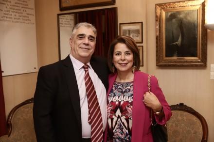 Ο Πρόεδρος του Συλλόγου των Αθηναίων με την κ. Ειρήνη Ξακουστή.