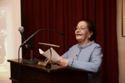Η κ. Σοφία Μωραϊτάκη – Παπαδοπούλου στο βήμα.