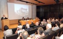Κατά τη διάρκεια της εισηγήσεως του Προέδρου του Συλλόγου των Αθηναίων κ. Ελευθερίου Γ. Σκιαδά.