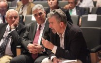 Κατά τη διάρκεια των ερωτήσεων μετά τις εισηγήσεις των Νομικών.