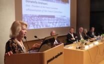 Στο βήμα η Mrs Donatella Andreani, Vice President of the French Committee.